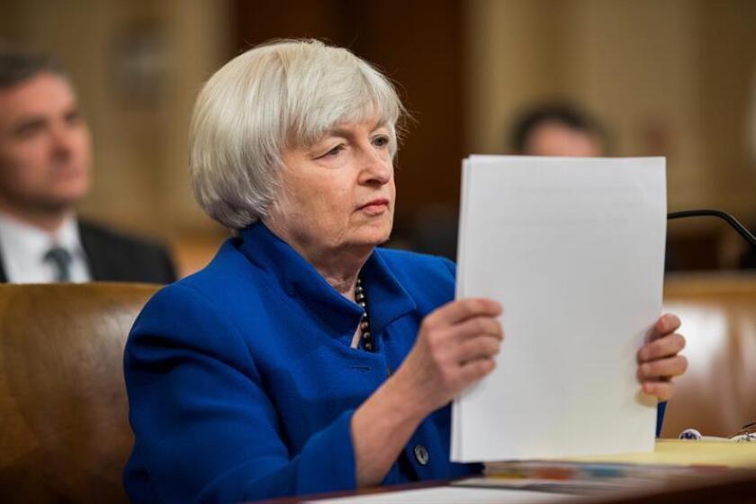 La presidenta de la Reserva Federal, Janet Yellen, durante una reunión. EFE/Archivo