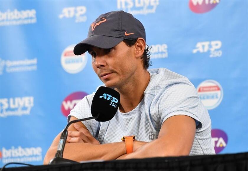 El tenista español Rafael Nadal anuncia en rueda de prensa su retirada del torneo internacional de tenis de Brisbane (Australia) hoy, 2 de enero de 2019. EFE