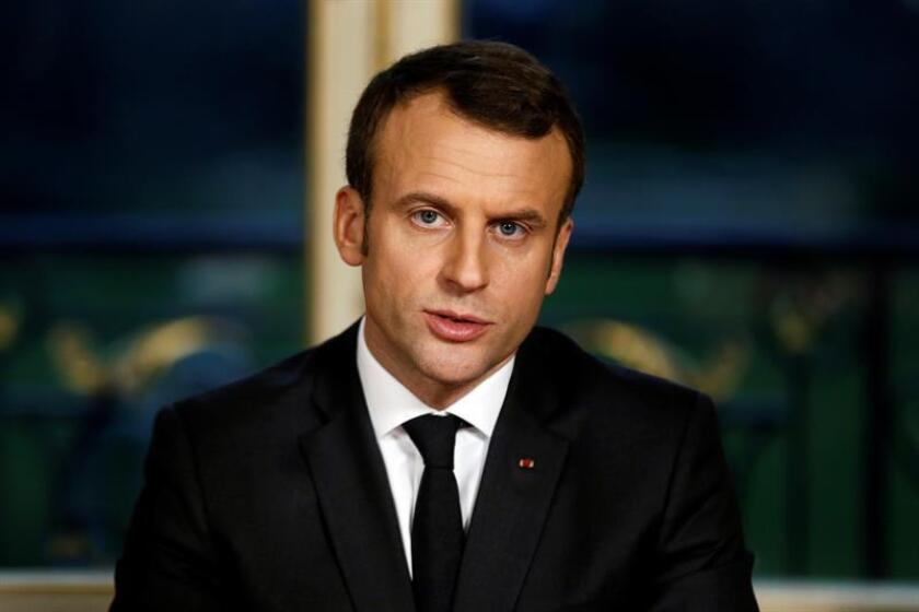 El presidente, Donald Trump, habló hoy con su homólogo francés, Emmanuel Macron, con quien discutió la reciente visita del líder del Elíseo a China y abordó la situación con Corea del Norte y el acuerdo nuclear iraní, informó la Casa Blanca en un comunicado. EFE/EPA/ARCHIVO/POOL
