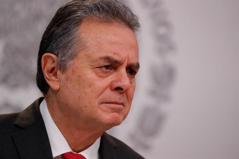El secretario de Energía, Pedro Joaquín Coldwell, participa durante una rueda de prensa. EFE/Archivo
