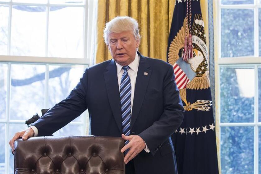 """El presidente, Donald Trump, insistió hoy en que presentará un """"espectacular"""" plan de impuestos """"en las próximas dos o tres semanas"""", aunque siguió sin ofrecer detalles. EFE/ARCHIVO"""