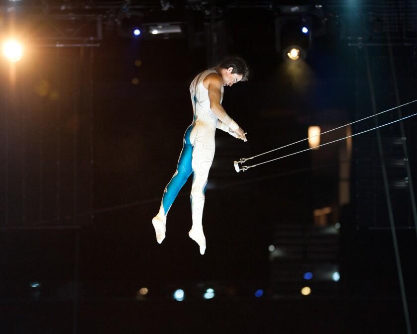 Ammed García es una de las estrellas de una edición del circo Ringling que busca adaptarse a los nuevos tiempos.