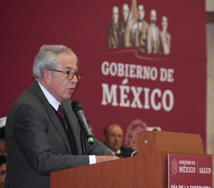 Fotografía cedida por la Secretaría de Salud (SS) del secretario de Salud de México, Jorge Alcócer Varela, durante una conferencia de prensa hoy, en Ciudad de México (México). EFE/SS/SOLO USO EDITORIAL