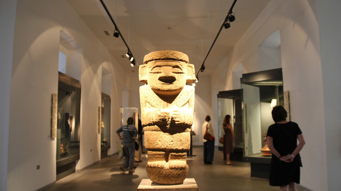 A refreshed pre-Columbian museum in Santiago