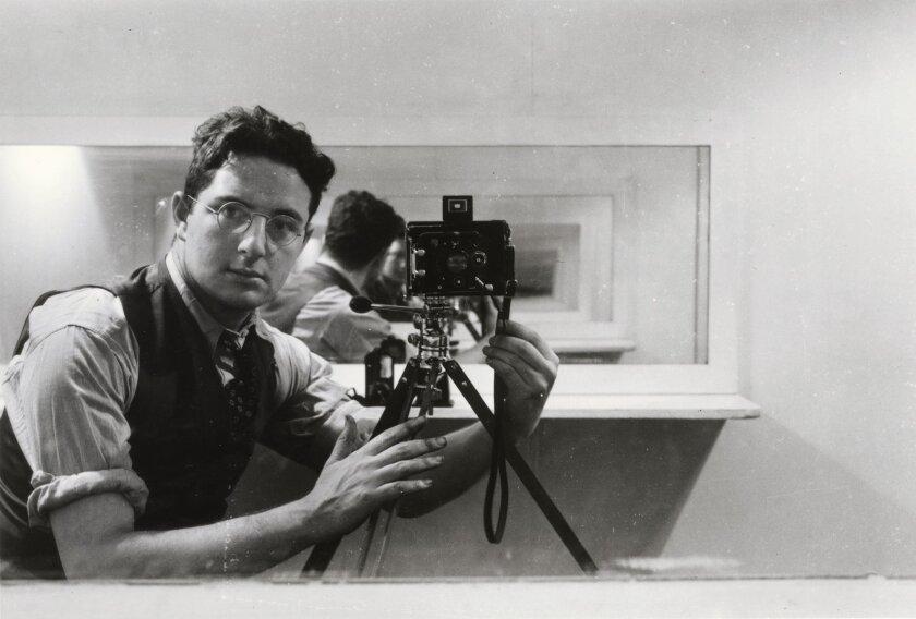 Arnold Newman, self-portrait, Philadelphia, 1938.
