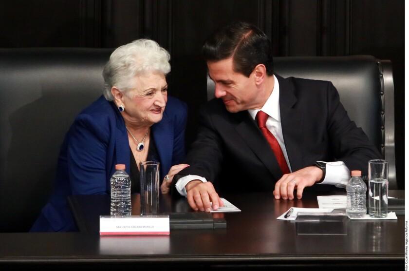 """El presidente de México, Enrique Peña Nieto, afirmó hoy que la violencia contra las mujeres """"no es genética"""", sino que """"forma parte de una cultura que tenemos que erradicar""""."""
