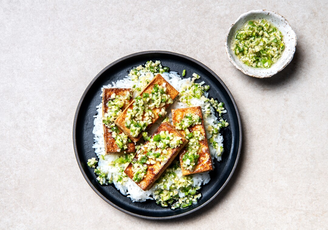 Sizzling Ginger Scallion Sauce with Pan-seared Tofu