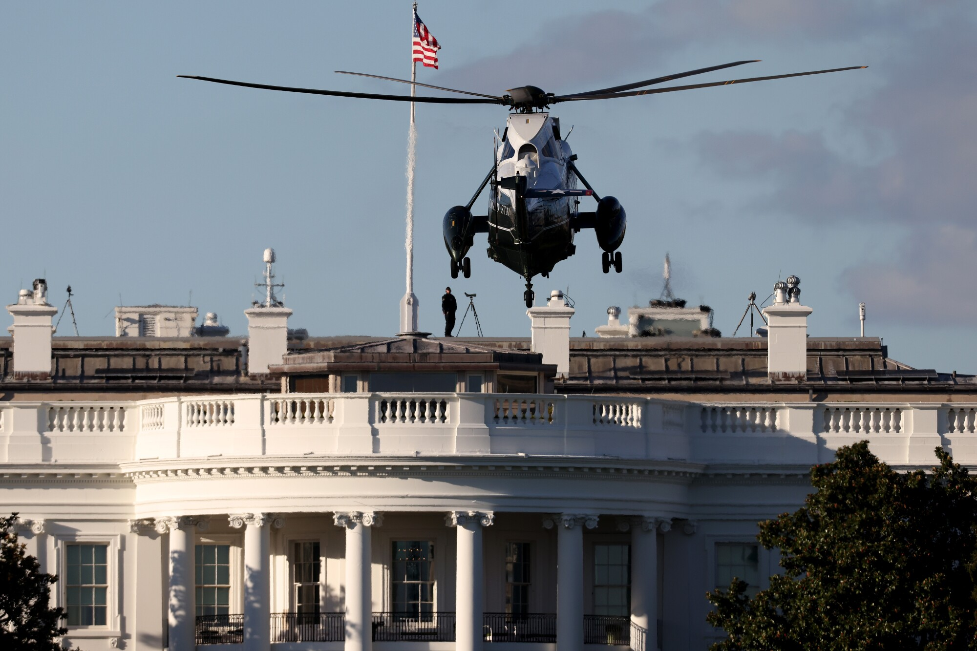 Marine One arrives on the South Lawn of the White House