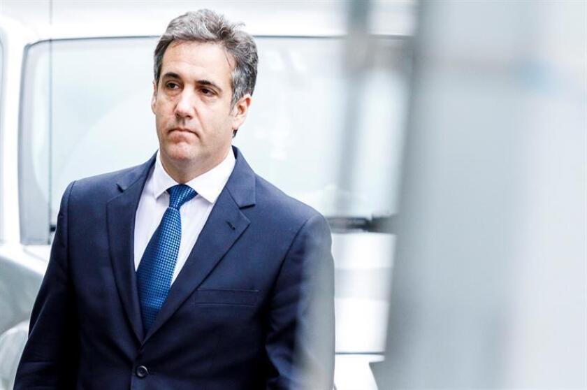 Michael Cohen, el exabogado personal de Donald Trump, está negociando con la Fiscalía federal estadounidense un posible acuerdo para declararse culpable en el marco de una investigación por fraude fiscal y delitos bancarios, adelantó hoy la cadena NBC. EFE/Archivo