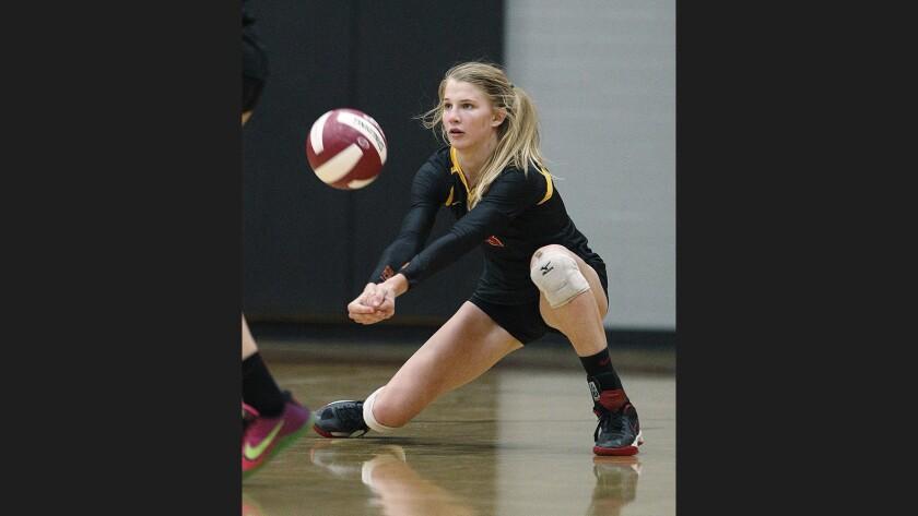 Photo Gallery: La Canada vs. San Marino girls' volleyball