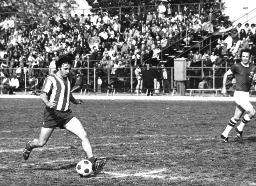 Benny Binshtock controls the ball during an L.A. Maccabees game in the 1980s.