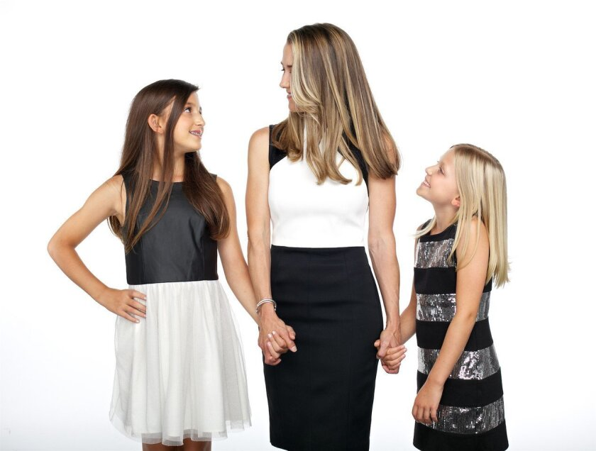 Heidi Bartolotta with her two daughters.