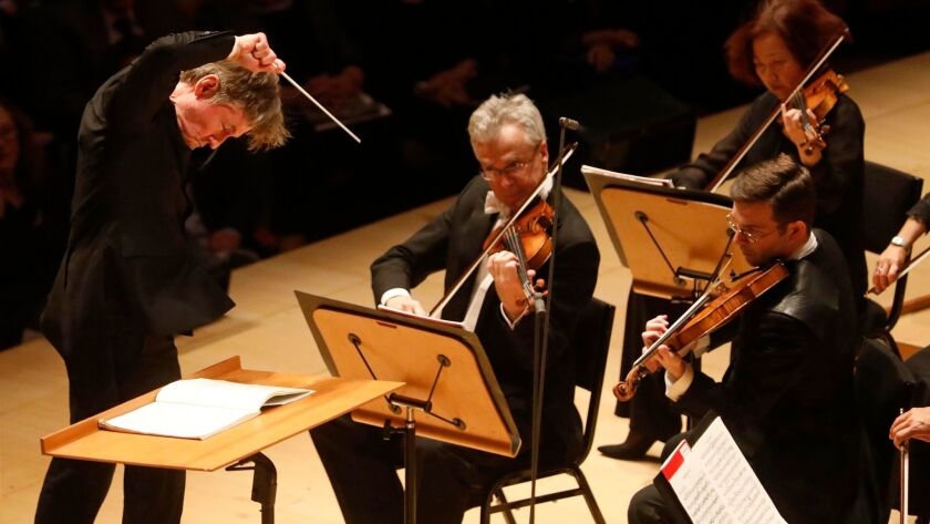 Salonen conducts Beethoven's Seventh.
