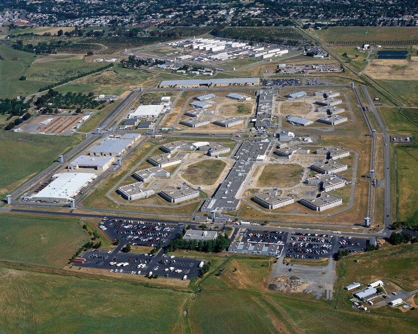 State inspectors say medical care at Solano State Prison remains poor after a decade of oversight by a court-appointed receiver.
