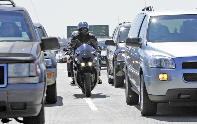 Legislators to vote on lane-splitting
