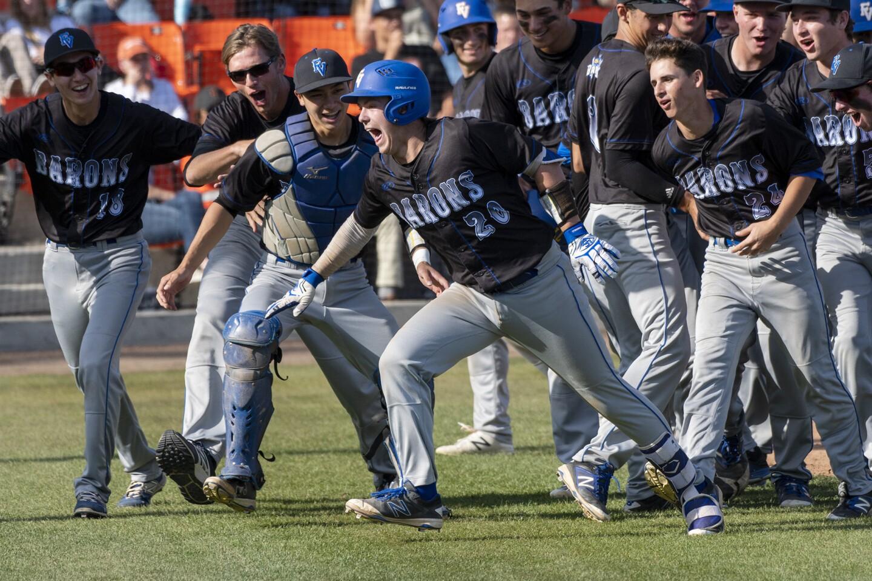 Photo Gallery: Fountain Valley vs. Huntington Beach in baseball