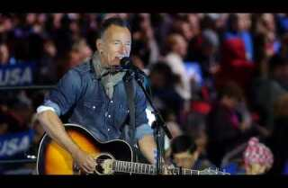 Bruce Springsteen's solo trip to Broadway