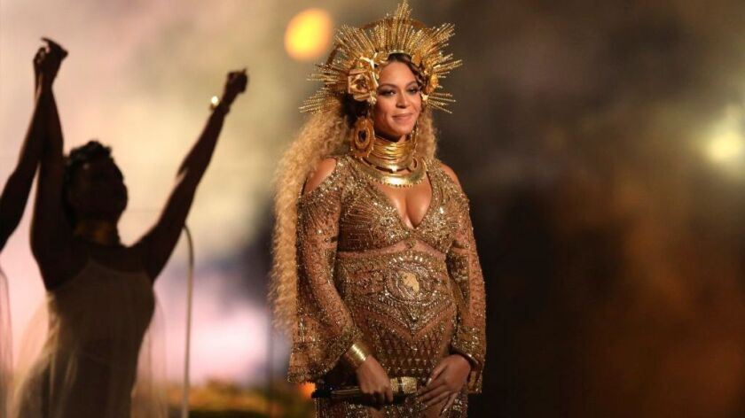 Beyonce, who is pregnant with twins, will not perform at the Coachella festival this year as planned, but will headline the festival in 2018.
