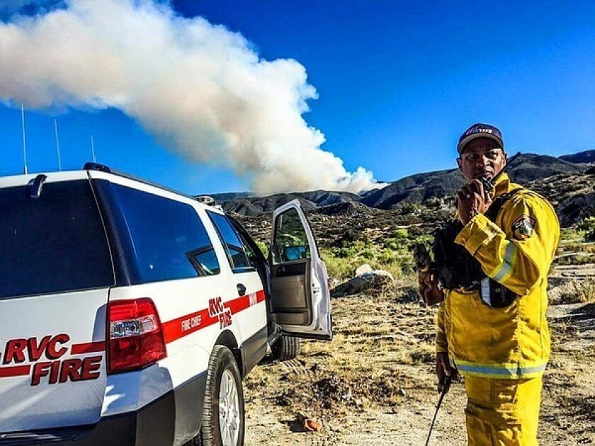 More than 425 firefighters battled a wildfire on Palomar Mountain on Saturday, with 20% containment.