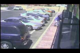 Surveillance video: Carnell Snell Jr.