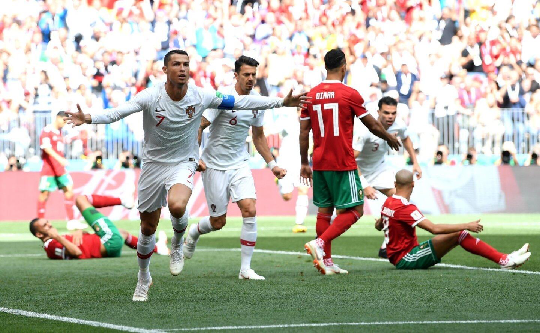 Cristiano Ronaldo celebra su gol sobe Marruecos. El astro sigue empeñado en hacer valer su ley en el Mundial: eficacia y pegada ante las porterías rivales.