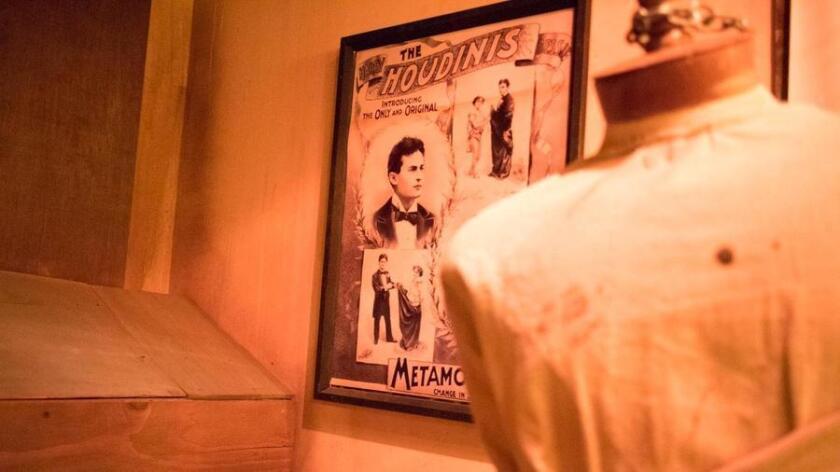 Inside Houdini's Hidden Workshop (Mike Rollerson)
