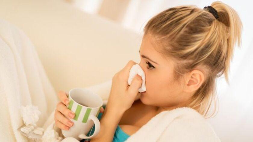Los síntomas son similares y suelen confundirse con frecuencia, pero la gripe no es un resfriado fuerte.