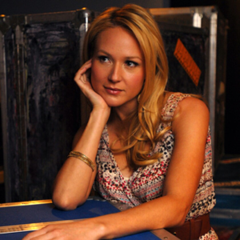 NASHVILLE GAL: Jewel¡¦s country-flavored new disc, ¡§Perfectly Clear,¡¨ will be released June 3. ¡§I¡¦ve always loved this town,¡¨ she says. ¡§You can throw a rock and hit somebody in the head who is more talented than you.¡¨ƒo