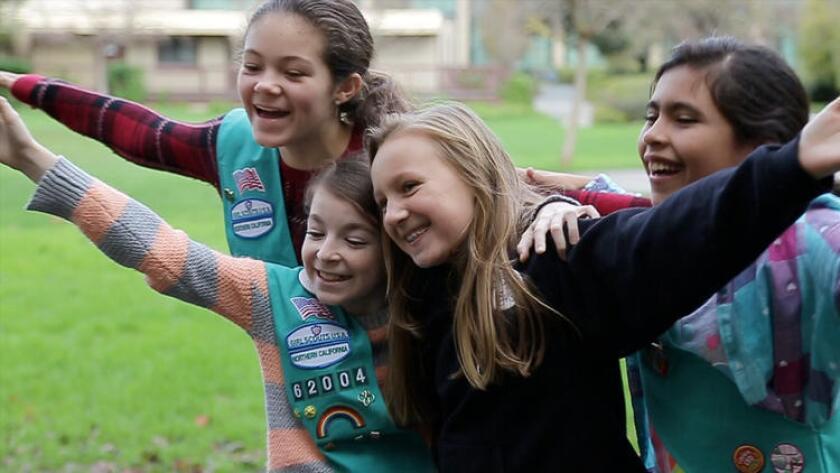 Girl Scouts del norte de California toman un curso para la conservación de energía en la Universidad de Stanford (Conclave Agency & Stanford University).