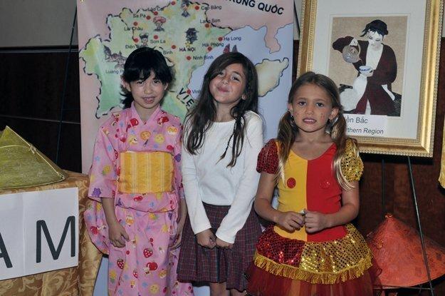 Karen, Marianna, Anna