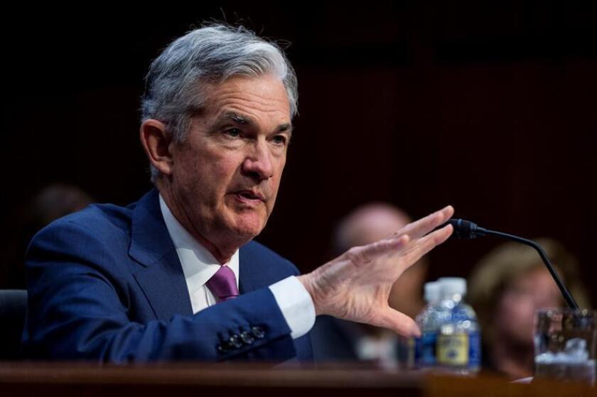 El presidente de la Reserva Federal (Fed), Jerome Powell, comparece ante el Comité Bancario del Senado de EEUU, en Washington, Estados Unidos. EFE/Archivo