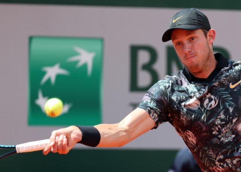 Fotografía de archivo del tenista chileno Nicolás Jarry. EFE/ Srdjan Suki/Archivo