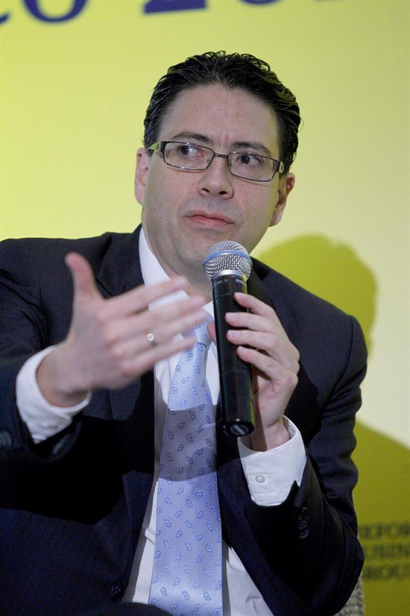 El titular de la Comisión Nacional de Hidrocarburos (CNH), Juan Carlos Zepeda, durante un evento de la firma de investigación de mercados y consultoría Oxford Business Group, en Ciudad de México (México). EFE/Archivo