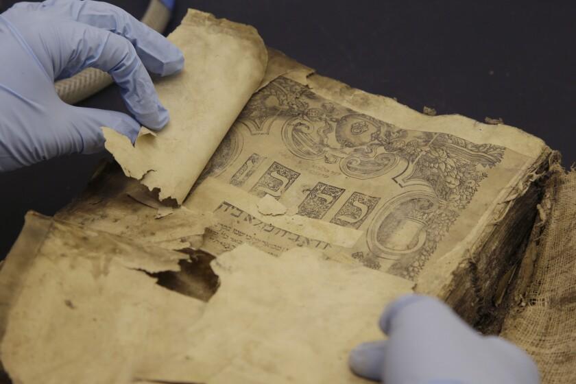 Iraqi Jewish Archive
