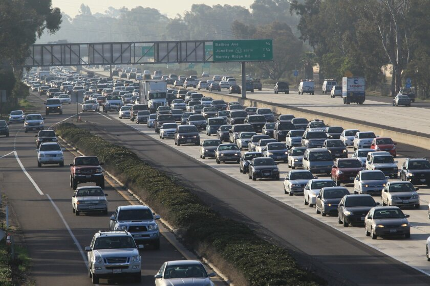 A crucial approach envisioned by San Diego's Climate Action Plan for reducing greenhouse-gas emissions is to significantly reduce the number of people driving to work, school or other activities. The alternatives would be walking, bicycling or taking mass transit. / photo by John Gastaldo * U-T