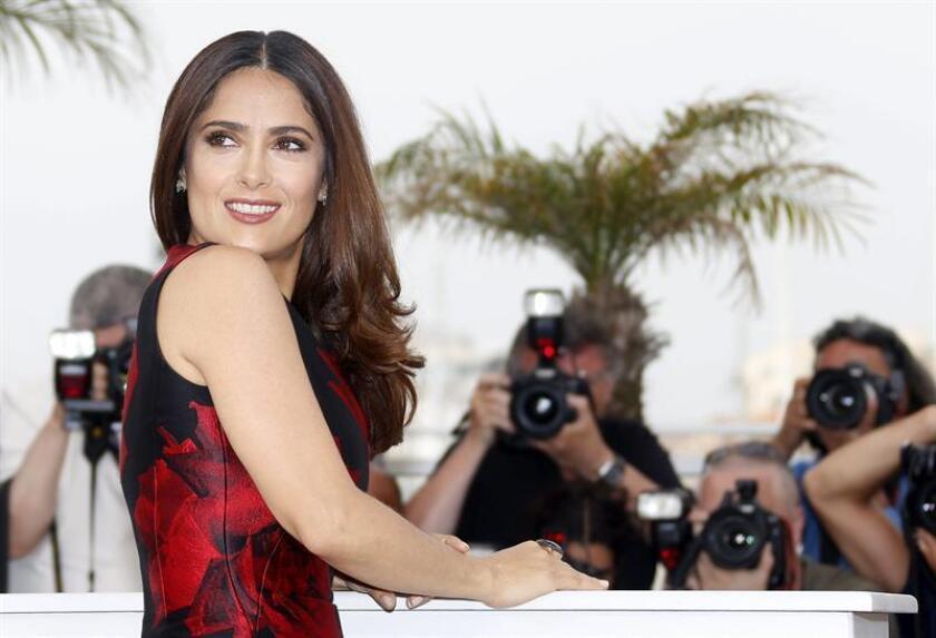 """La actriz mexicana Salma Hayek formará parte del reparto de la película """"Beatriz At Dinner"""" que dirigirá el realizador boricua Miguel Arteta, informó hoy el medio especializado Deadline"""