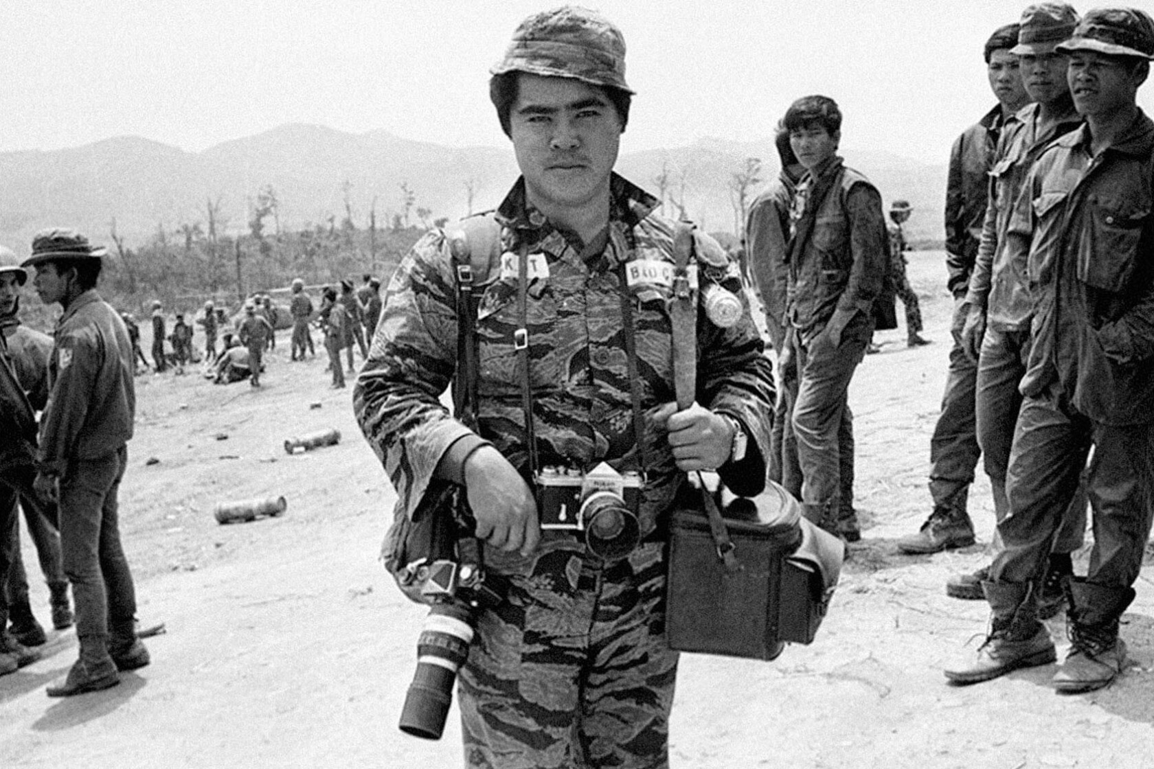 Napalm Girl' photographer Nick Ut looks back at a career that included  war's carnage and Hollywood's red carpets - Los Angeles Times