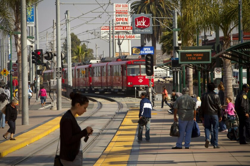 At the last stop on the Metropolitan Transit System (MTS) Blue Line in San Yisdro, train runs are spaced out every 7.5 minutes in the early commuting hours. By mid-morning the trains are adjusted to arrive every 15 minutes.