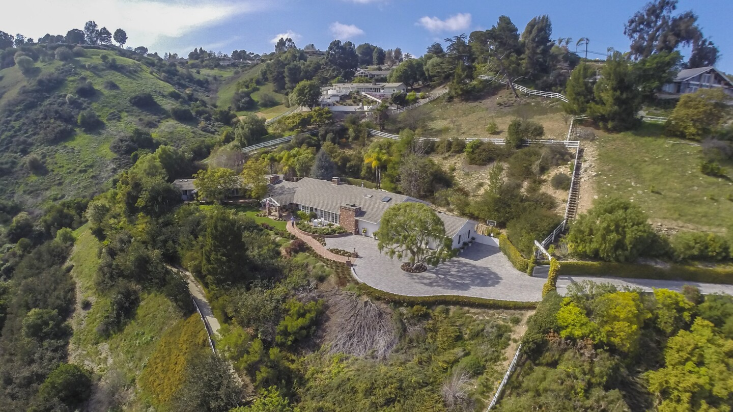 Home of the Day: What's cooking at this ranch-style house in Rolling Hills?