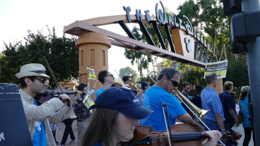 Protesting musician