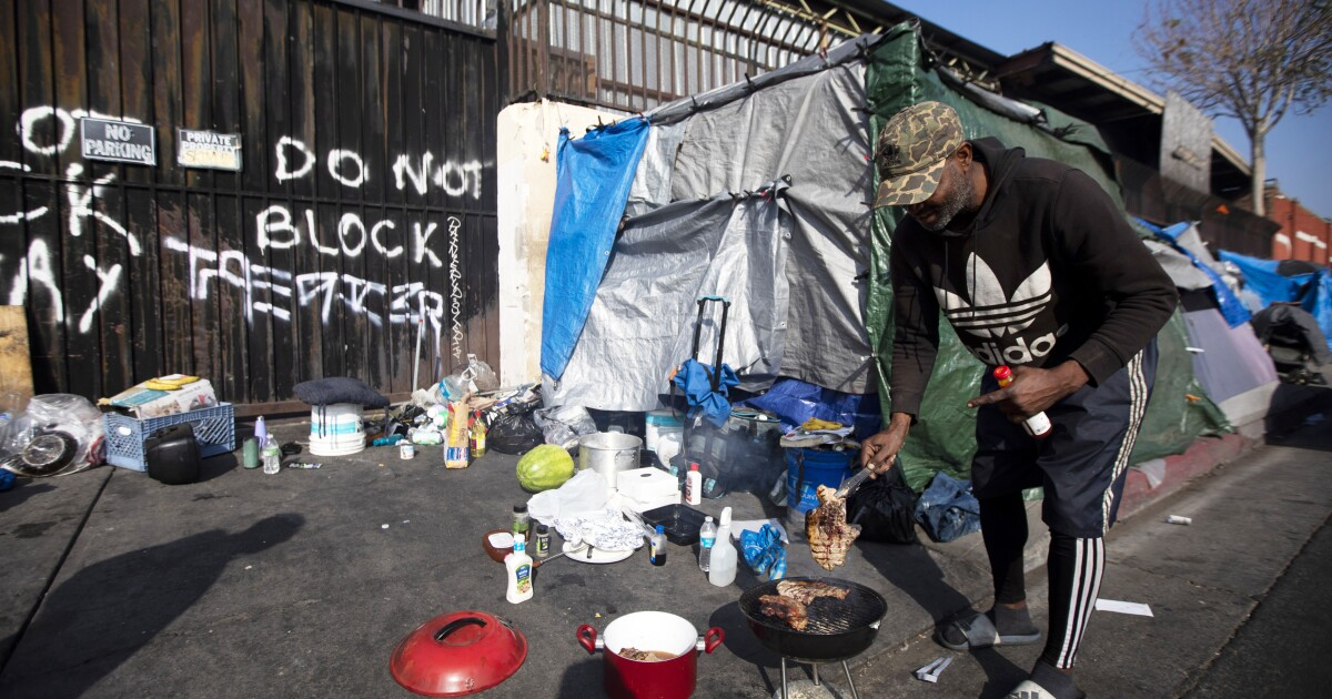Editorial: An order to shelter all of skid row is not a permanent path out of skid row