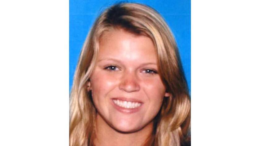 Una demanda sostiene que Katie Dix, de 19 años de edad, se hubiera salvado de recibir tratamiento médico a tiempo (Departamento de Motores y Vehículos de California).