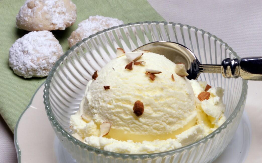 Bitter Almond Ice Cream