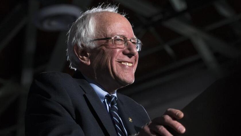 """La campaña de Sanders anunció que una de las peticiones que se realizarán durante la marcha del Primero de Mayo será la de """"facilitar a los trabajadores que negocien colectivamente mejores salarios, beneficios y condiciones de trabajo a través de la sindicalización"""""""
