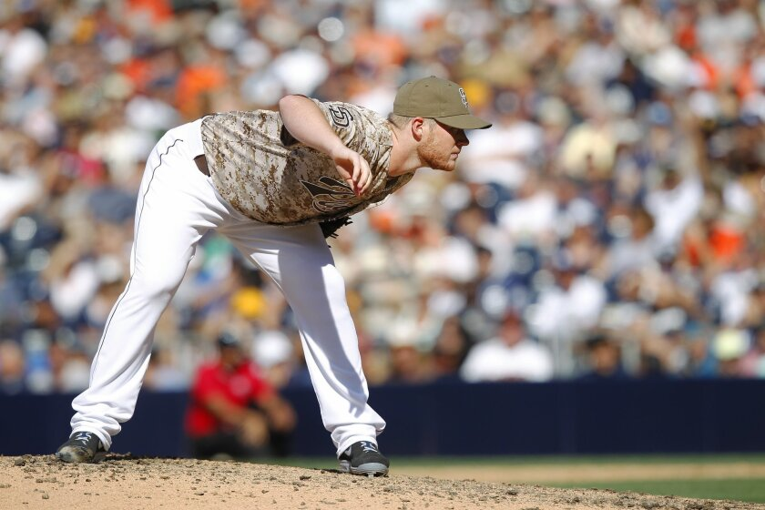 Padres Craig Kimbrel closed a 6-4 win over the Giants.