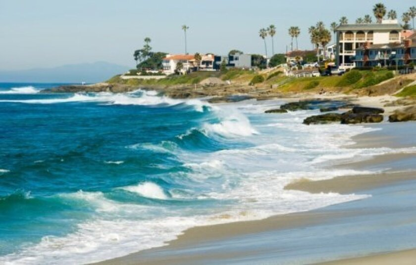 Low interest rates broaden horizons for La Jolla homebuyers.