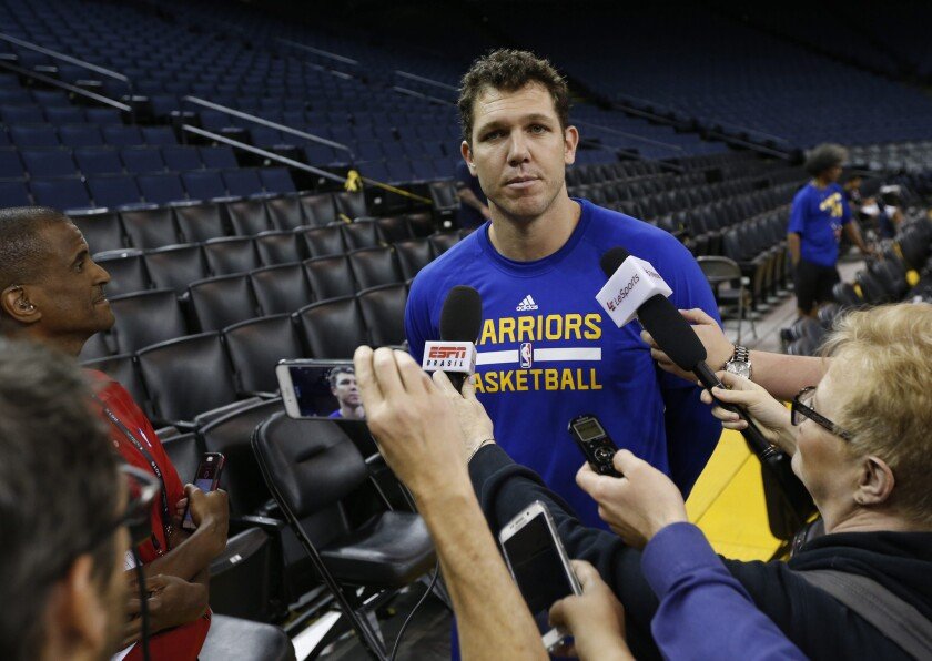 Luke Walton takes over as the Lakers' new coach