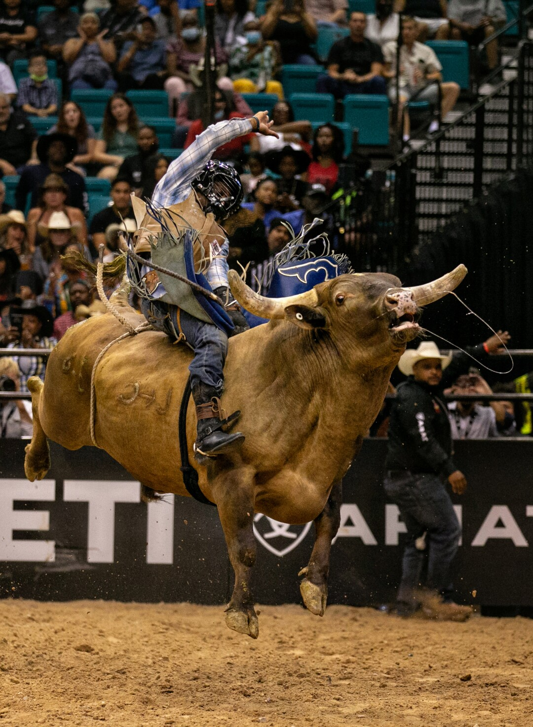 Jamelle Knight rides a bucking bull