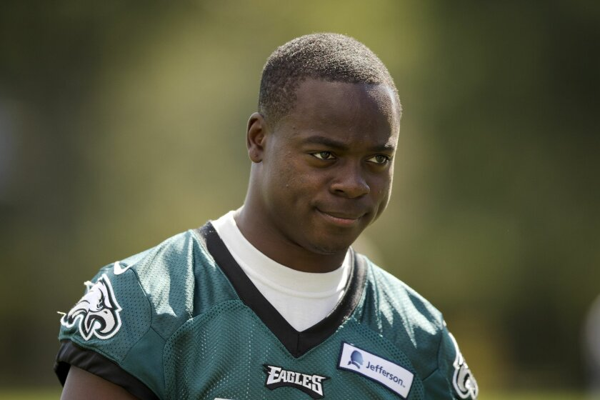 Philadelphia Eagles wide receiver Jeremy Maclin walks off the field after NFL football practice at the team's training facility, Tuesday, Sept. 30, 2014, in Philadelphia. (AP Photo/Matt Rourke)