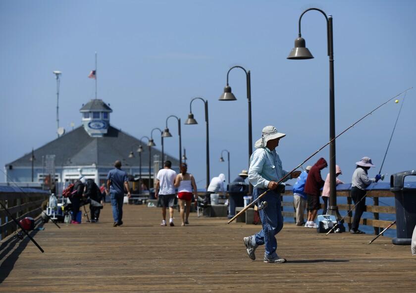 Se ha prohibido la pesca en los alrededores del restaurante Tin Fish, en el muelle de Imperial Beach,